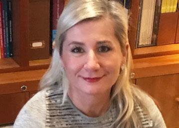 Dr Anne Drouet-Groff
